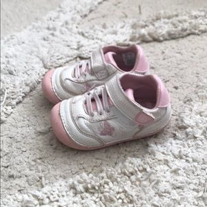 Stride Rite Soft Motion Walking Shoes